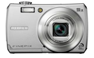 FinePix F100FD (富士フイルム)