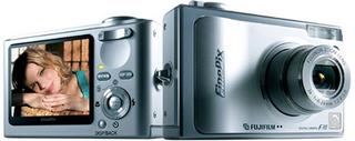 FinePix F10 (富士フイルム)