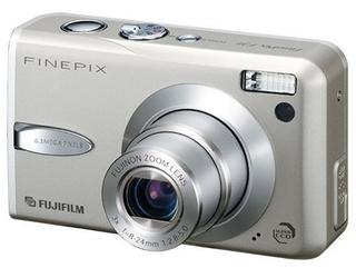 FinePix F30 (富士フイルム)