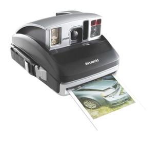 One600 Pro (ポラロイド)