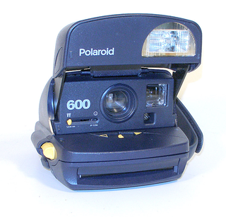 Polaroid 600 Camera (ポラロイド)