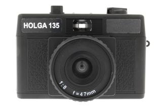 HOLGA 135 (ホルガ)