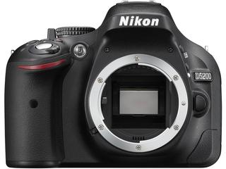 Nikon D5200 (ニコン)