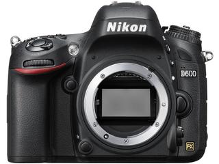 Nikon D600 (ニコン)