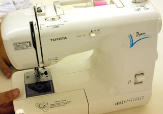 CM1300 (トヨタミシン)